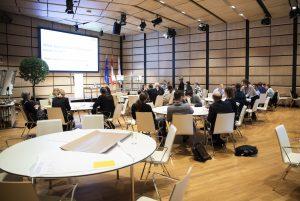 """Podiumsdiskussion: """"Bioökonomie-Potential für Wirtschaft und Arbeitsmarkt?"""" (Panel discussion """"Bio-economic potential for the economy and labor market?) @ Haus der Universität"""